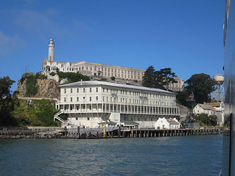 Alcatraz_wharf2